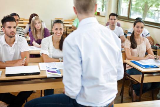 Como avaliar a gestão escolar e trazer melhorias para o ensino?